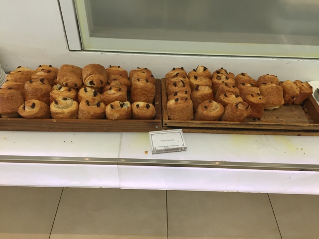 bread-lhr-terminal-5