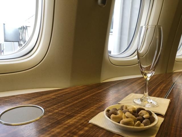 [飛行體驗] CX250 國泰航空頭等艙 (LHR英國倫敦 – HKG香港)