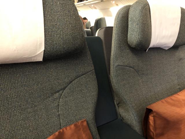 [飛行體驗] CX451 國泰航空商務艙 (TPE台灣桃園 – HKG香港)