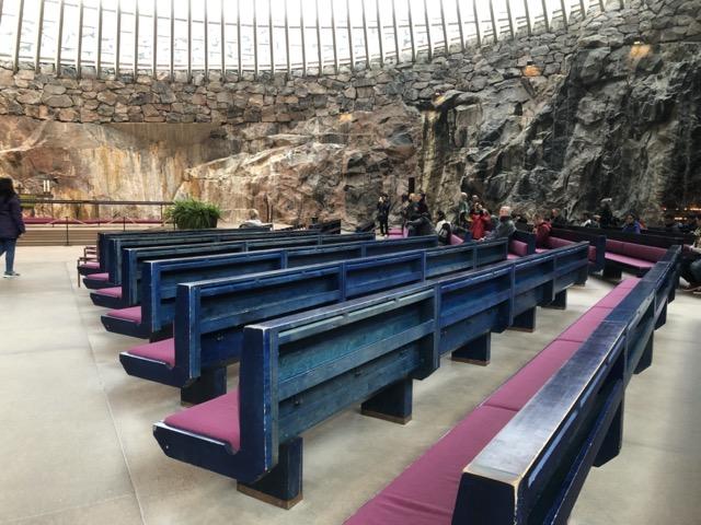 temppeliaukion-kirkko seats
