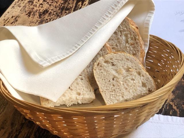 kiskakukk bread