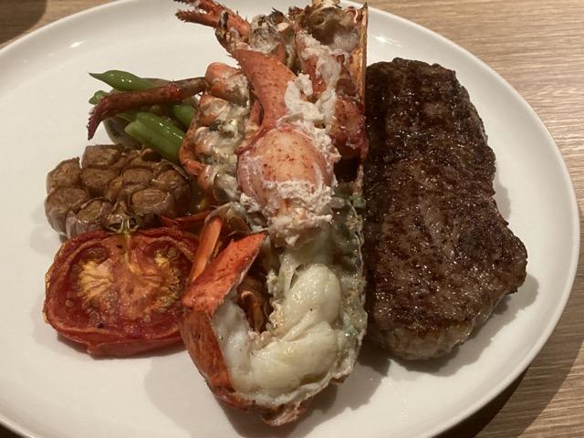 robin-steak-house steak and lobster