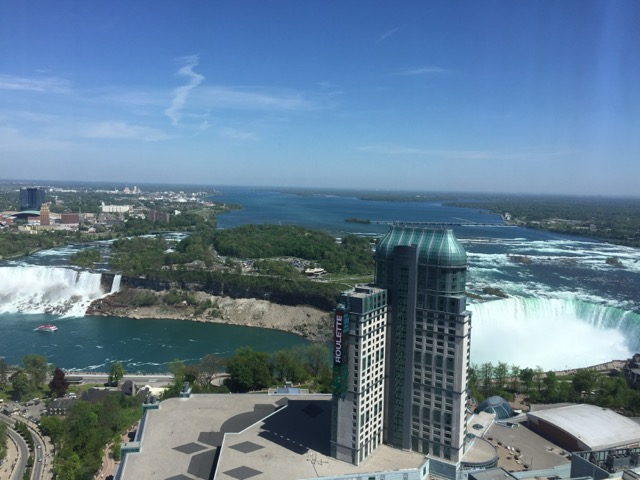 [住宿] Hilton Niagara Falls/ Fallsview Hotel and Suites