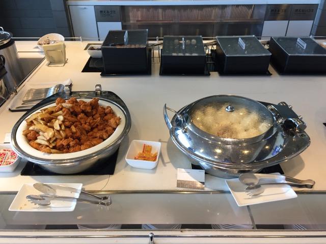 ana lounge fried and steam food