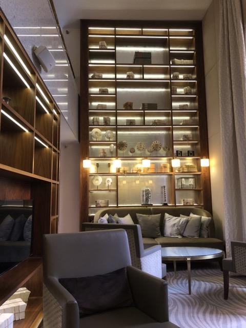 hilton budapest lounge decoration