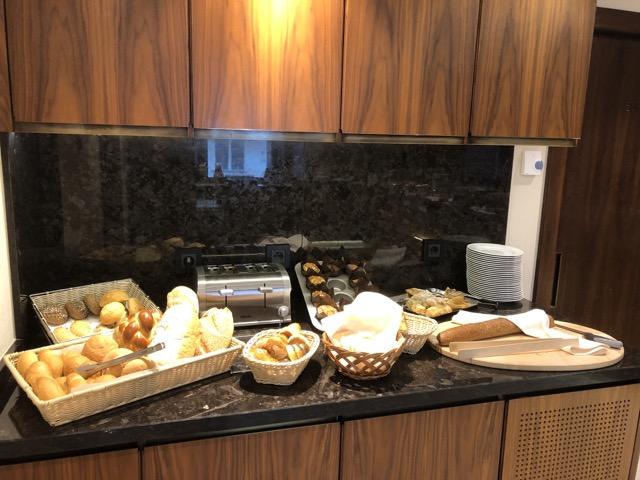 hilton budapest bread