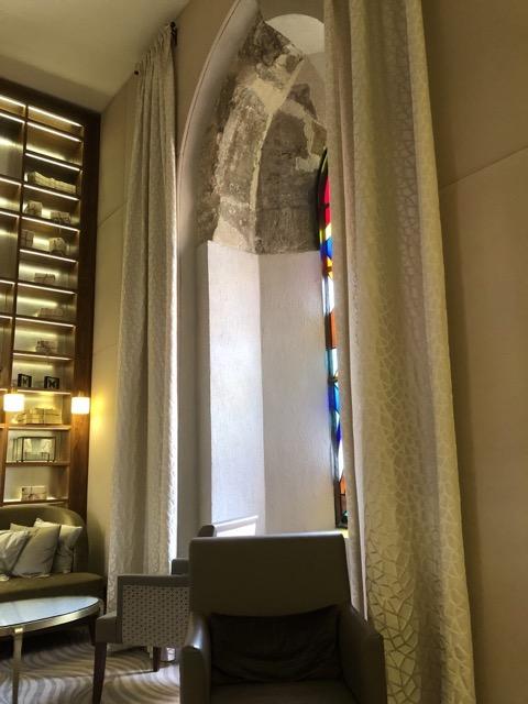 hilton budapest window