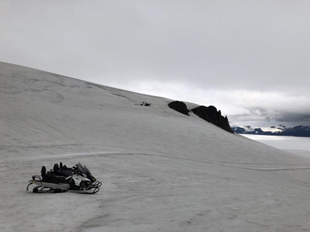 glacier jeeps motor