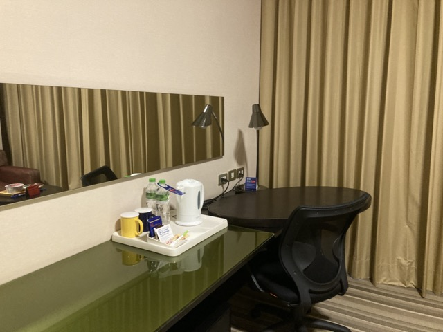 ihg-holiday-inn-express-taichung-park room2