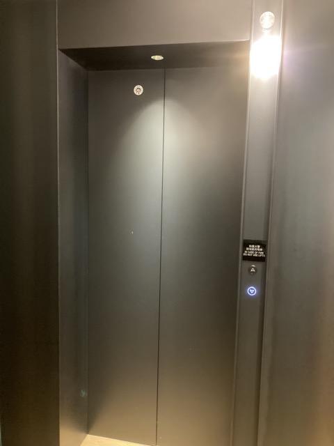 indigo-kaohsiung-central-park elevator