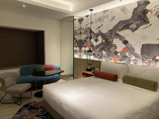 ihg-indigo-taipei-taiwan deluxe room bed