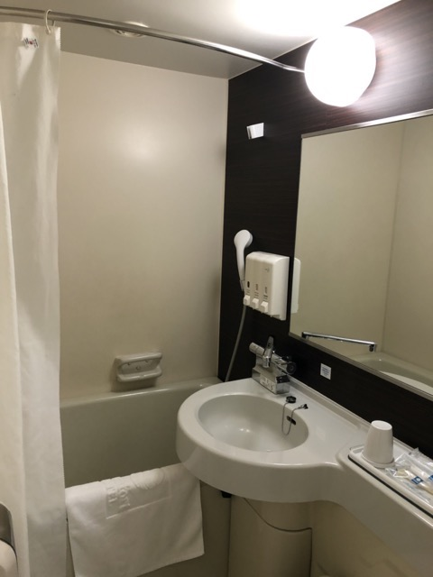 comfort-inn-hotel-tokyo room