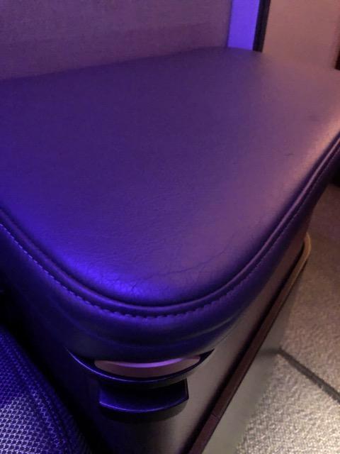 qr815 storage place seat