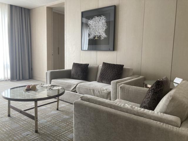 taipei-marriott-comfort-suite-room-living-room