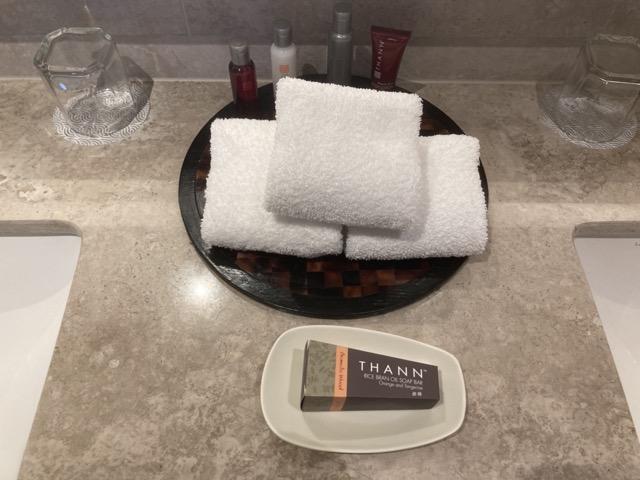 taipei-marriott-comfort-suite-room-bathroom1
