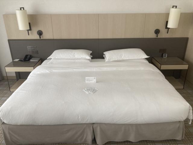 taipei-marriott-comfort-suite-room-bed