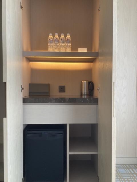 taipei-marriott-comfort-suite-room-mini-bar
