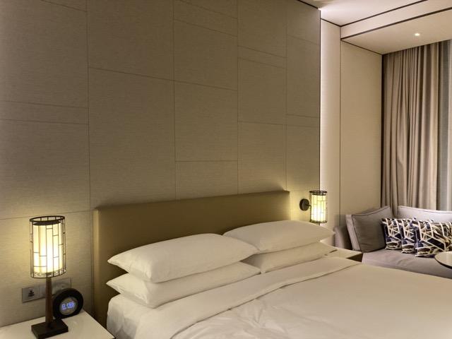 taipei-shihlin-renaissance-hotel-bedroom