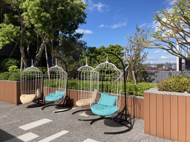 taipei-shihlin-renaissance-hotel-roof-1
