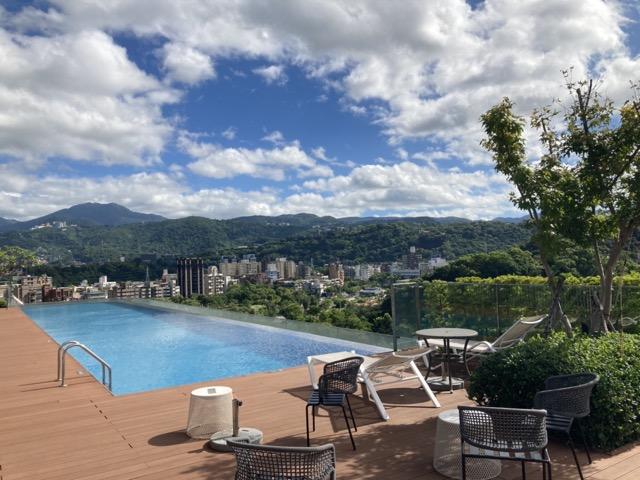 taipei-shihlin-renaissance-hotel-roof-4