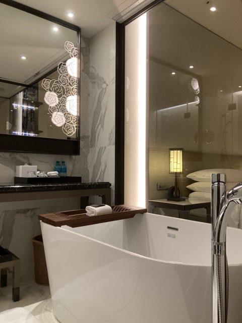 taipei-shihlin-renaissance-hotel-bathroom2