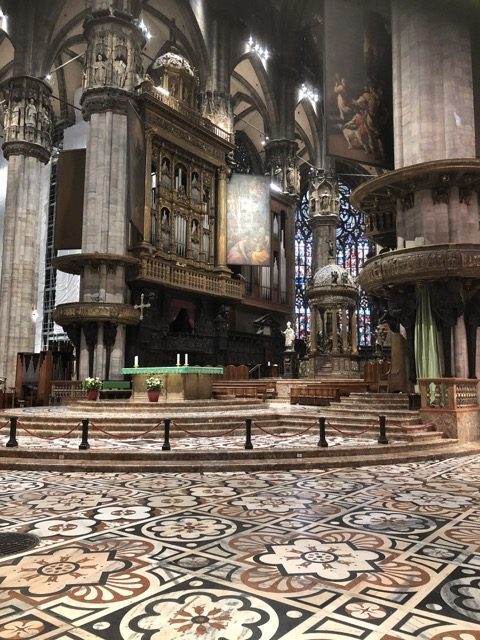 milan cathedral inside-2
