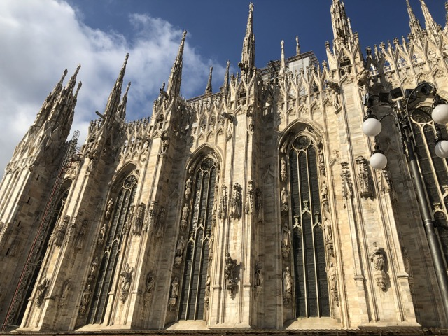 milan cathedral outside-2