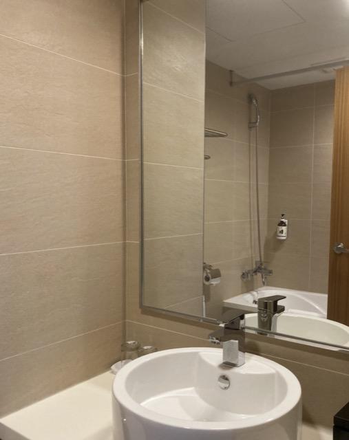 wyndham-ramada-encore-hualien restroom1